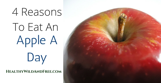 4 Reasons To Eat An Apple A Day (Apple Health Benefits)