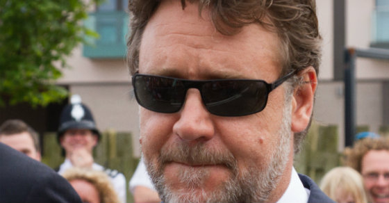 Russell Crowe Tells Us How He Really Feels About American Food