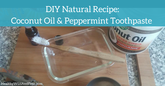 DIY Natural: Coconut Oil And Peppermint Toothpaste Recipe