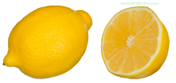 24 Surprisingly Weird But Practical Uses For Lemons (and that lemon peel!)