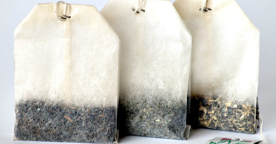 How To Remove That Stinky Shoe Smell With Used Tea Bags… Genius!
