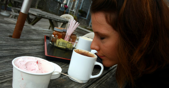 This is What Happens To Your Brain When You Smell Coffee